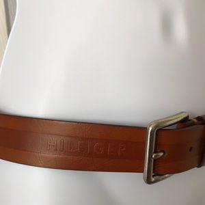 Tommy Hilfiger Unisex Brown Leather Belt